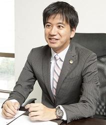 弁護士ドットコム用顔写真縮小版.jpg